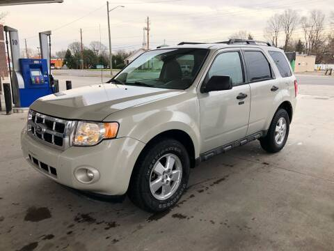 2009 Ford Escape for sale at JE Auto Sales LLC in Indianapolis IN