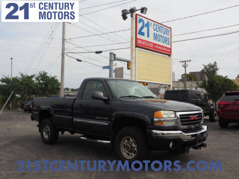 2005 GMC Sierra 2500HD for sale at 21st Century Motors in Fall River MA