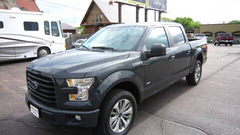 2017 Ford F-150 for sale at Auto Shoppe in Mitchell SD
