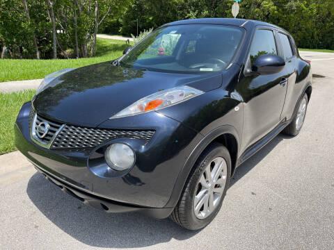 2013 Nissan JUKE for sale at L G AUTO SALES in Boynton Beach FL