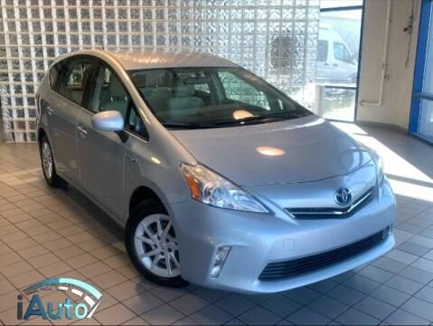 2014 Toyota Prius v for sale at iAuto in Cincinnati OH