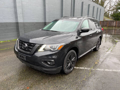 2017 Nissan Pathfinder for sale at APX Auto Brokers in Lynnwood WA