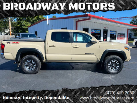 2019 Toyota Tacoma for sale at BROADWAY MOTORS in Van Buren AR