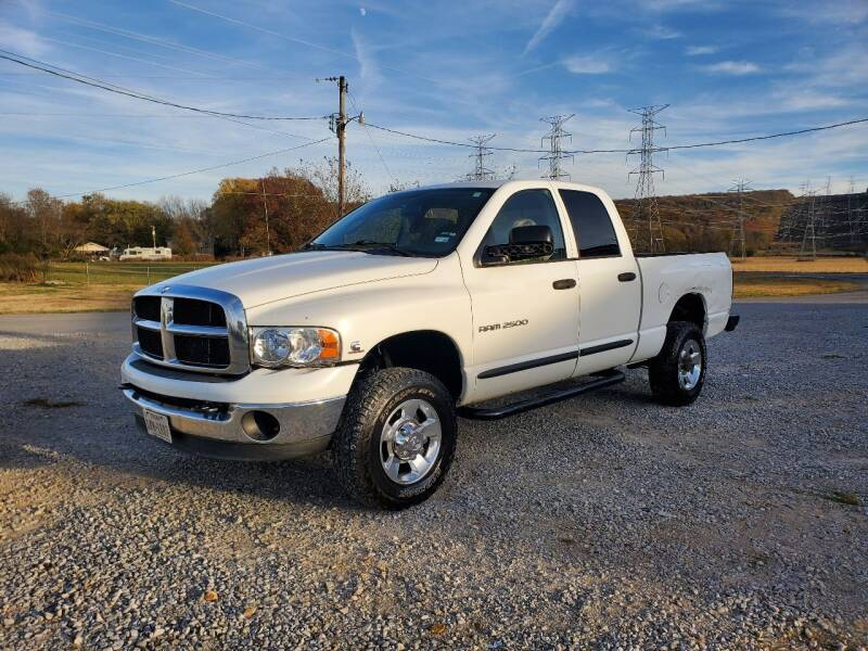 2005 Dodge Ram Pickup 2500 for sale at Tennessee Valley Wholesale Autos LLC in Huntsville AL
