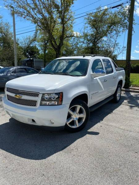 2011 Chevrolet Avalanche for sale at Car Net Auto Sales in Plantation FL