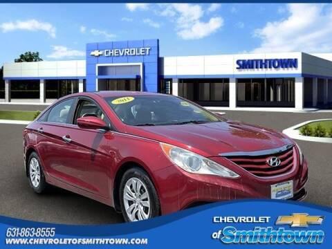 2011 Hyundai Sonata for sale at CHEVROLET OF SMITHTOWN in Saint James NY