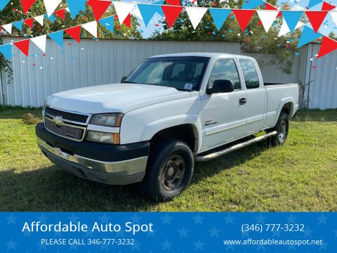 2005 Chevrolet Silverado 2500HD for sale at Affordable Auto Spot in Houston TX
