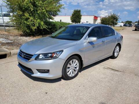 2015 Honda Accord for sale at DFW Autohaus in Dallas TX