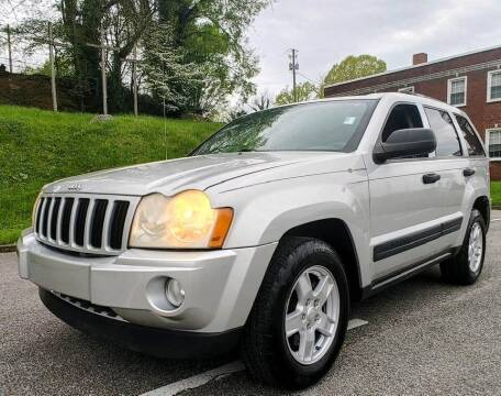2005 Jeep Grand Cherokee for sale at Auto Titan - BUY HERE PAY HERE in Knoxville TN
