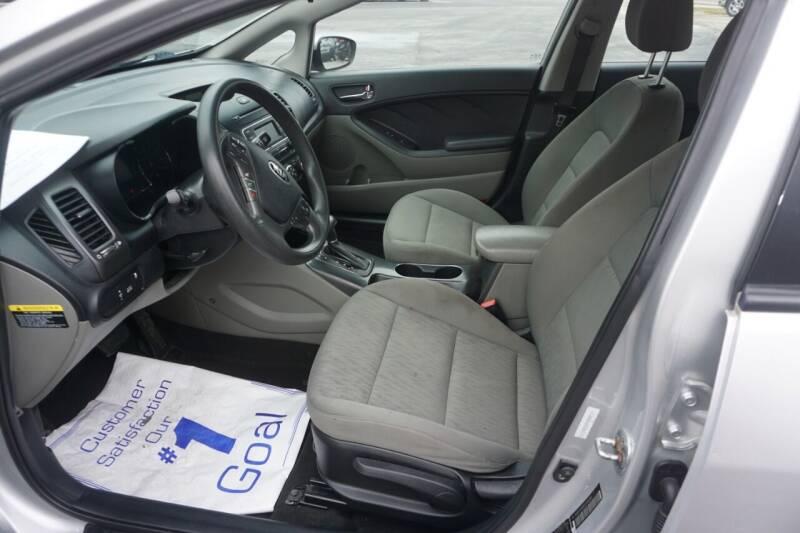 2015 Kia Forte LX 4dr Sedan 6A - Mount Vernon OH