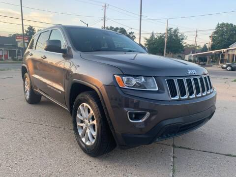 2015 Jeep Grand Cherokee for sale at Auto Gallery LLC in Burlington WI