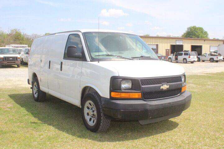 2010 Chevrolet Express Cargo for sale at Vehicle Network - LEE MOTORS in Princeton NC