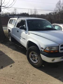 2000 Dodge Dakota for sale at Delong Motors in Fredericksburg VA