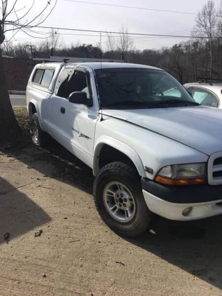 2000 Dodge Dakota for sale at Delong Motors in Fredericksburg VA