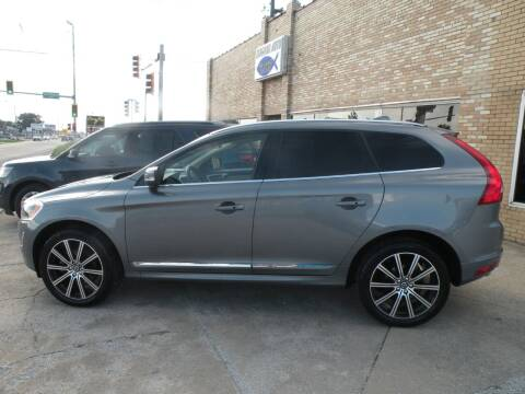 2017 Volvo XC60 for sale at Kingdom Auto Centers in Litchfield IL