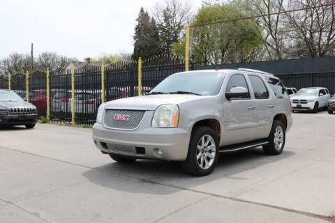 2007 GMC Yukon for sale at F & M AUTO SALES in Detroit MI
