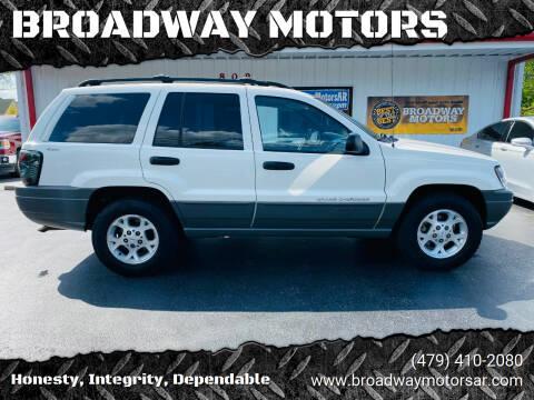 2000 Jeep Grand Cherokee for sale at BROADWAY MOTORS in Van Buren AR