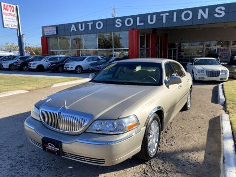 2007 Lincoln Town Car for sale at Auto Solutions in Warr Acres OK