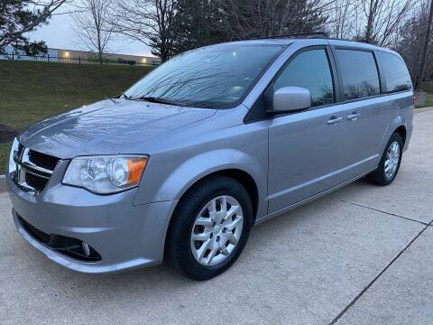 2018 Dodge Grand Caravan for sale at Western Star Auto Sales in Chicago IL
