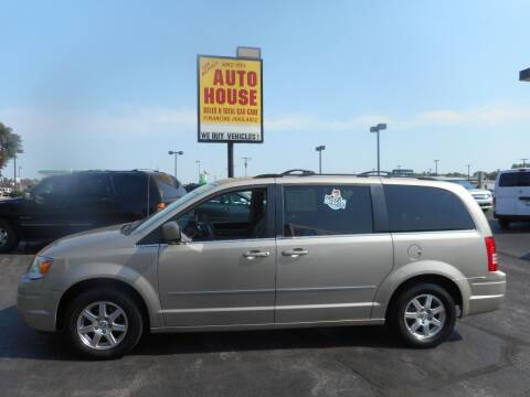 2009 Chrysler Town and Country for sale at AUTO HOUSE WAUKESHA in Waukesha WI
