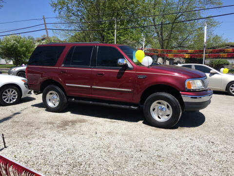 1999 Ford Expedition for sale at Antique Motors in Plymouth IN
