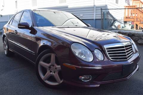 2009 Mercedes-Benz E-Class for sale at VNC Inc in Paterson NJ