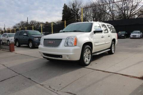 2008 GMC Yukon XL for sale at F & M AUTO SALES in Detroit MI
