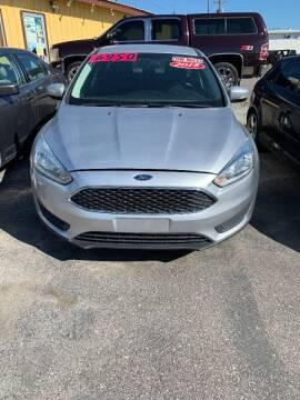 2015 Ford Focus for sale at BELOW BOOK AUTO SALES in Idaho Falls ID