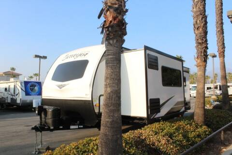 2020 Forest River Surveyor Luxury250FKS for sale at Rancho Santa Margarita RV in Rancho Santa Margarita CA