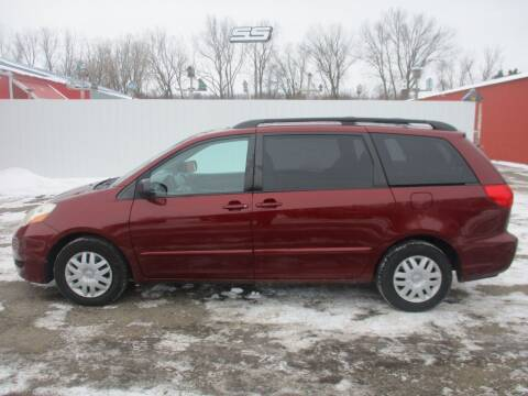 2009 Toyota Sienna for sale at Chaddock Auto Sales in Rochester MN