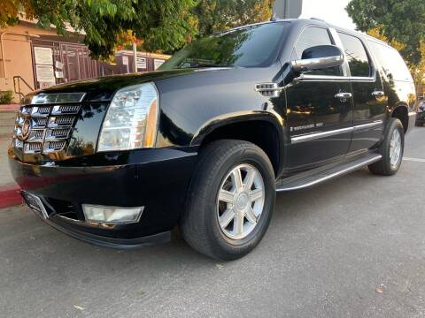 2008 Cadillac Escalade ESV for sale at Donada  Group Inc in Arleta CA