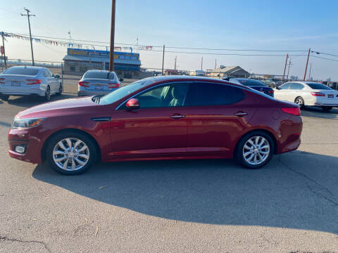2015 Kia Optima for sale at First Choice Auto Sales in Bakersfield CA