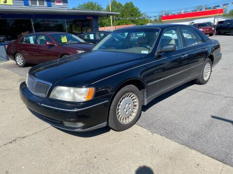 1997 Infiniti Q45 for sale at Wise Investments Auto Sales in Sellersburg IN
