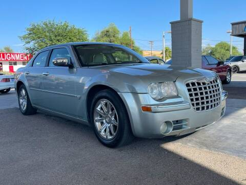 2006 Chrysler 300 for sale at TANQUE VERDE MOTORS in Tucson AZ