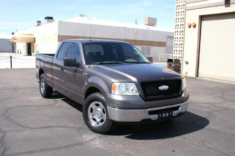 2006 Ford F-150 for sale at EXPRESS AUTO GROUP in Phoenix AZ