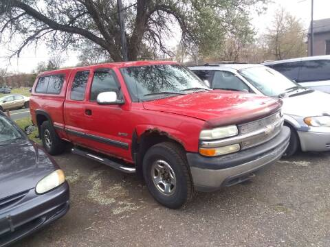 2000 Chevrolet Silverado 1500 for sale at Continental Auto Sales in White Bear Lake MN
