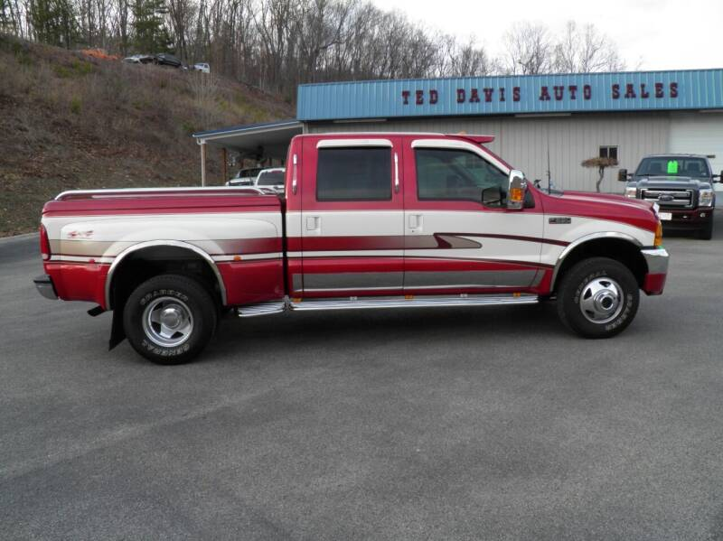 2000 Ford F-350 Super Duty for sale at Ted Davis Auto Sales in Riverton WV