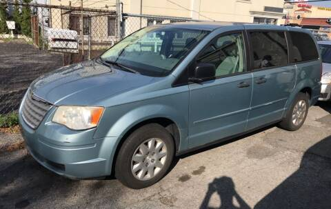 2008 Chrysler Town and Country for sale at Autos Under 5000 + JR Transporting in Island Park NY