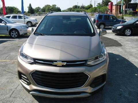 2018 Chevrolet Trax for sale at SUPERAUTO AUTO SALES INC in Hialeah FL
