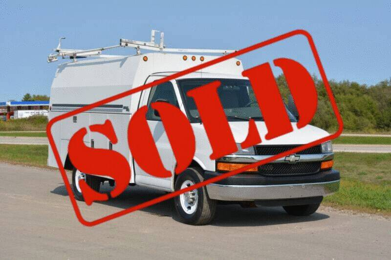 2009 Chevrolet Express Cutaway for sale at Signature Truck Center - Other in Crystal Lake IL