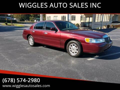 2001 Lincoln Town Car for sale at WIGGLES AUTO SALES INC in Mableton GA