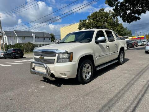 2011 Chevrolet Avalanche for sale at Kapos Auto, Inc. in Ridgewood NY