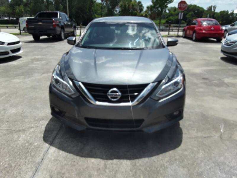 2017 Nissan Altima for sale at FAMILY AUTO BROKERS in Longwood FL
