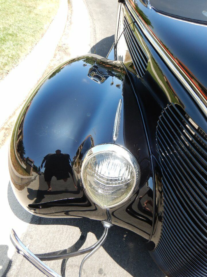 1938 Ford Cabriolet 13