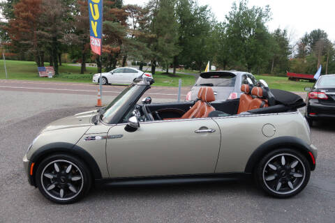 2008 MINI Cooper for sale at GEG Automotive in Gilbertsville PA