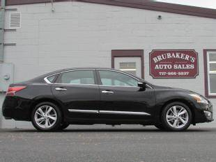 2015 Nissan Altima for sale at Brubakers Auto Sales in Myerstown PA