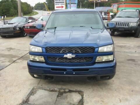 2003 Chevrolet Silverado 1500 for sale at LAKE CITY AUTO SALES in Forest Park GA