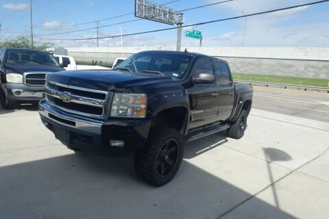 2010 Chevrolet Silverado 1500 for sale at Universal Credit in Houston TX