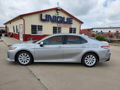 "2019 Toyota Camry for sale at UNIQUE AUTOMOTIVE ""BE UNIQUE"" in Garden City KS"
