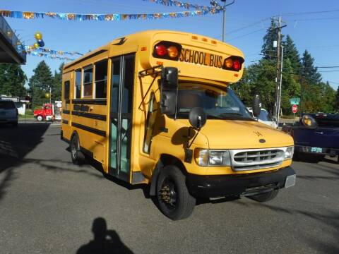 2000 Ford E-Series Chassis for sale at Brooks Motor Company, Inc in Milwaukie OR